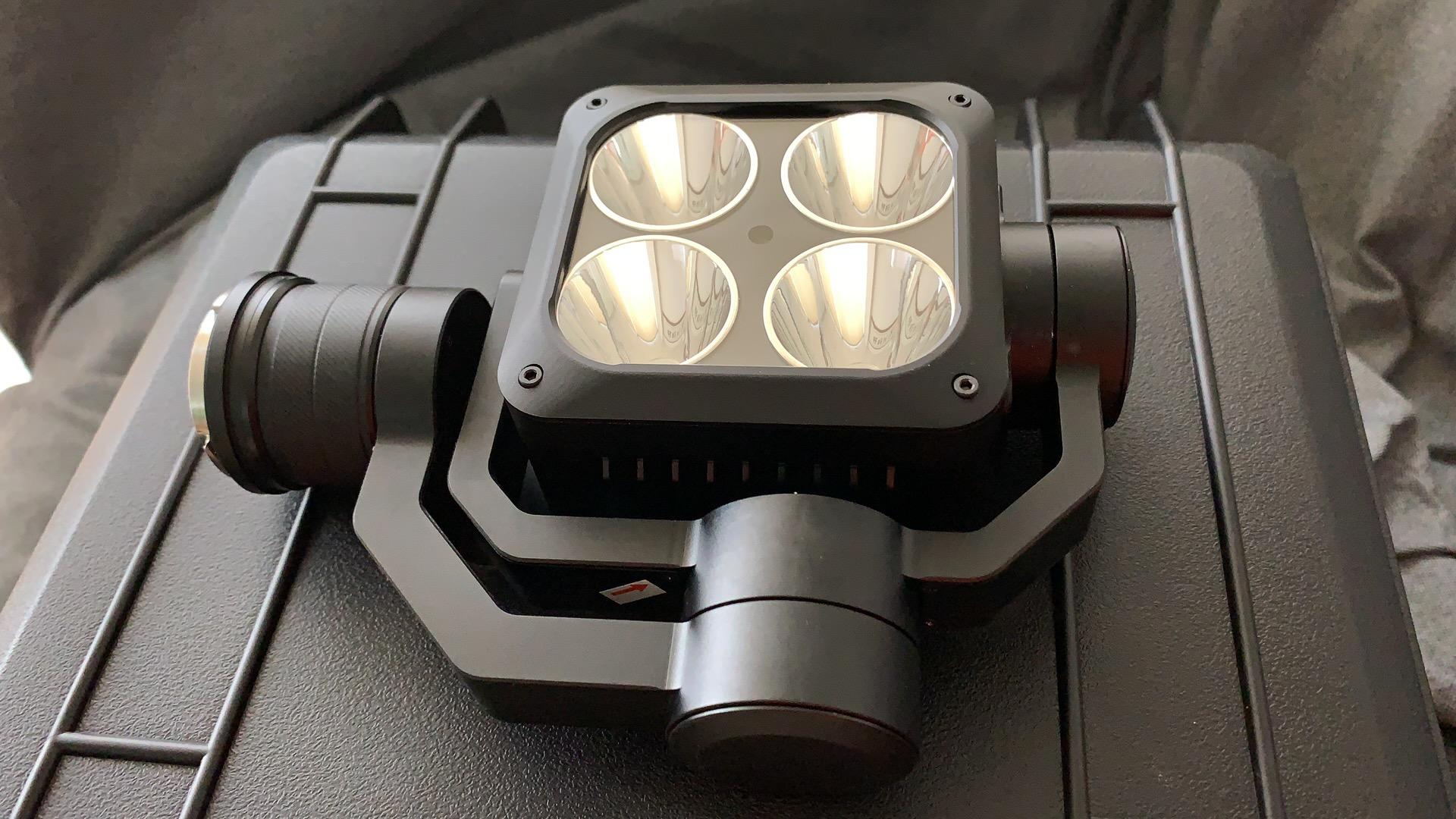 DJI Matrice 200 210 spotlights DJI SDK Payload